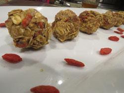goji oat balls
